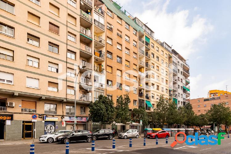 Piso en venta de 71 m² en Avenida Josep Tarradellas i Joan,