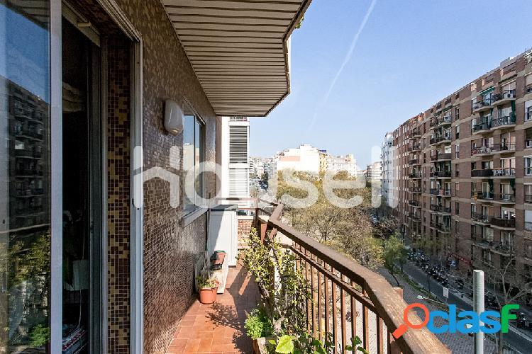 Piso en venta de 96 m² en Travesia de Dalt, 08024 en