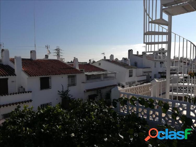 Piso en venta en Estepona, Málaga en Avenida Carlos Cano