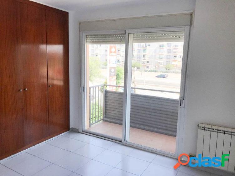 Piso en zona La Granja-Tarragona de 73 m2.