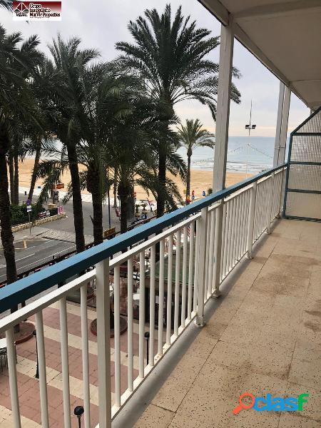 Primera linea, playa levante