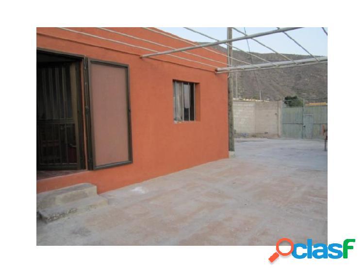 Se vende Casa con parcela de 6.000 m2 en Santiago del Teide