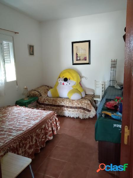 Se vende casa de campo en la estación de Cartama