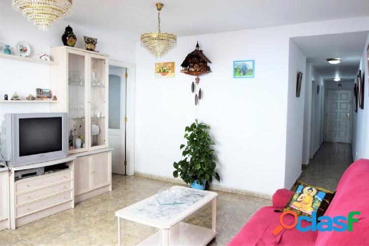 Se vende piso de 3 habitaciones en Guia de Isora