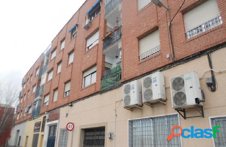 Sin comisiones, piso en Avenida de Alicante.