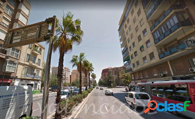Venta Local comercial - Arrancapins, Extramurs, Valencia