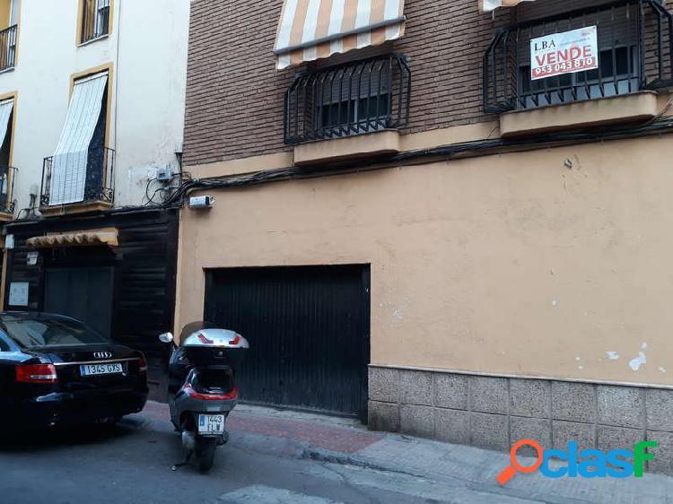 Venta Local comercial - Plaza San Francisco., Linares, Jaén