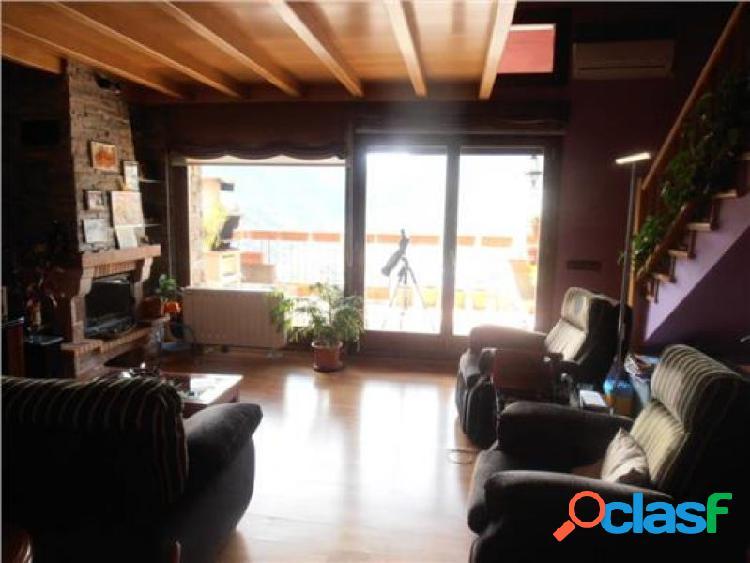 Àtico duplex en zona residencial exclusiva en