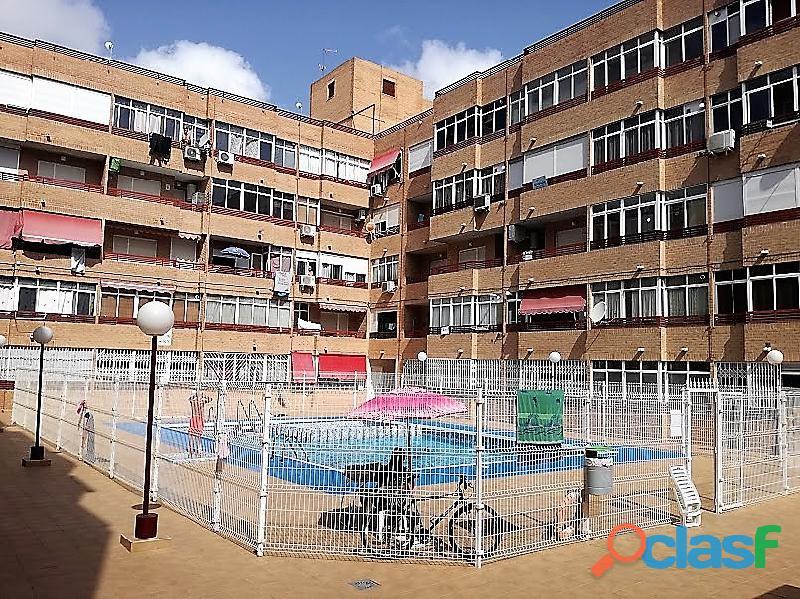 Venta apartamento 1 dormitorio, piscina y garaje Torrevieja