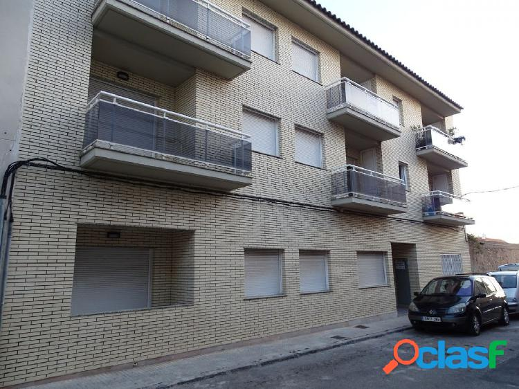 Apartamento de 62 m2. Consta de 2 dormitorios. Terraza.
