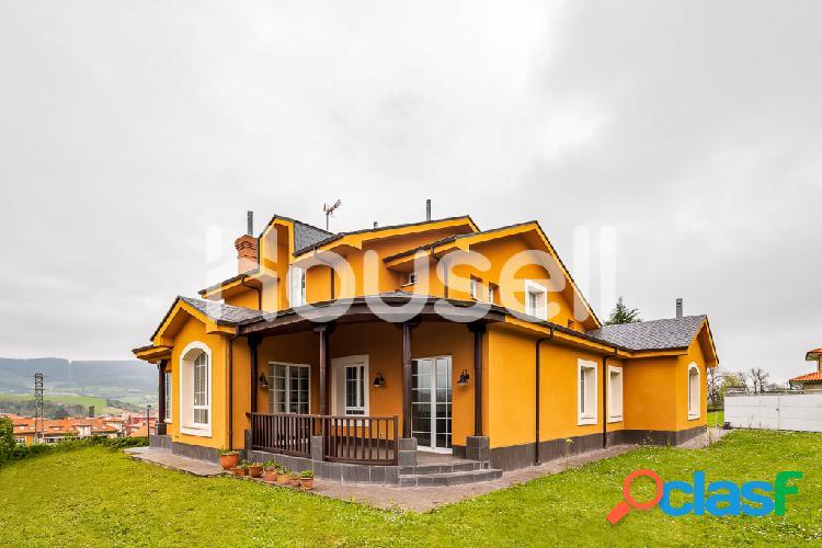 Casa en venta de 350 m² en Urbanización La Ballera, 33300