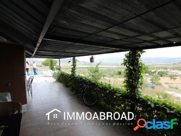 Chalet en venta en Monóvar con 1 dormitorios y 1 baños