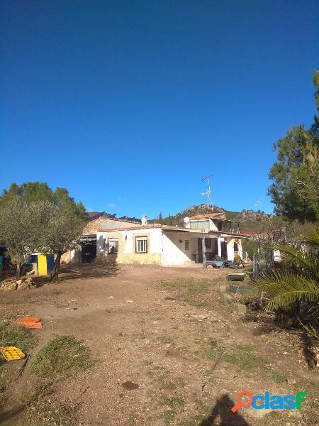 Chalet independiente en venta en Villar del Arzobispo