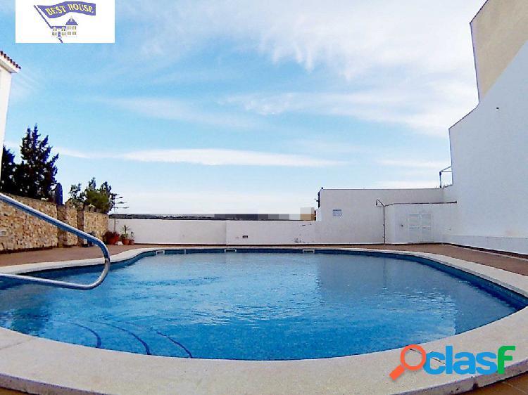 Duplex, plaza de parking OPCIONAL y piscina comunitaria