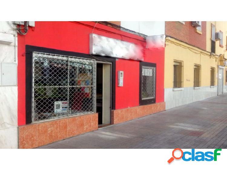 Local en Pardaleras en Avenida principal, amplio,luminoso y