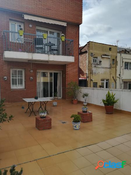 PISO CON PATIO A NIVEL DE 87 M2