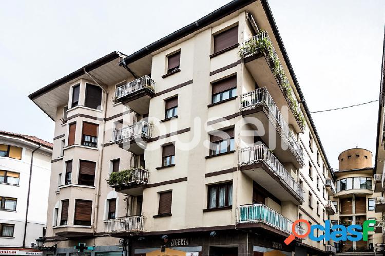 Piso en venta de 95 m² en Calle Juan de Calzada, 48300 en