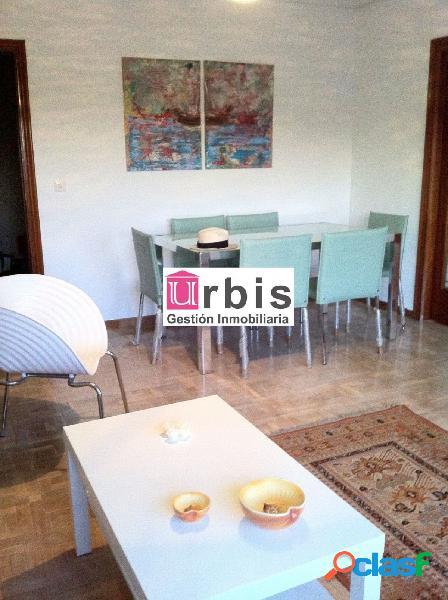 Urbis te ofrece un piso en venta en el Centro.