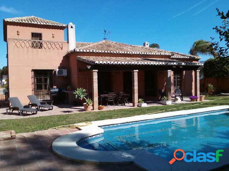 Venta Chalet independiente - Cortijo de Maza, Churriana,