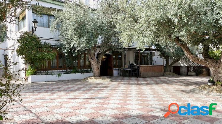 Venta de restaurante en Gójar (Granada)