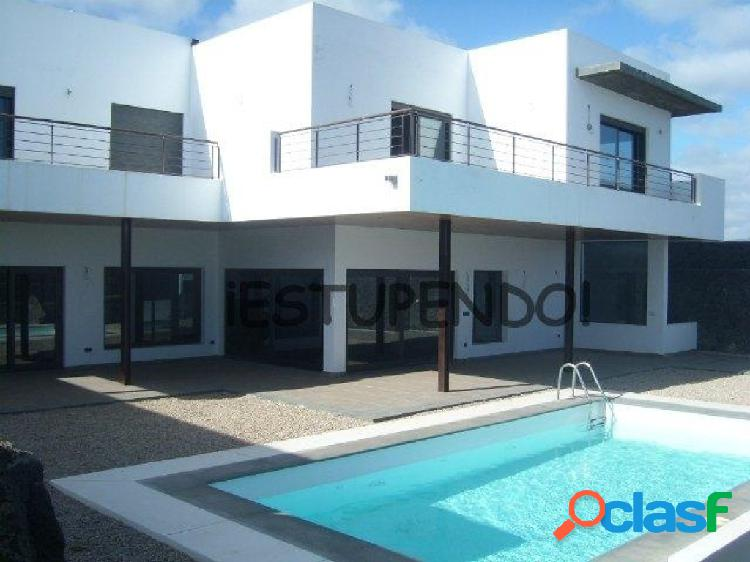 Casa-Chalet en Venta en Puerto Calero (Lanzarote) Las Palmas