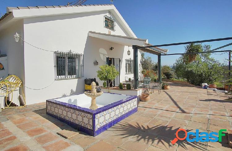 Casa de campo-Masía en Venta en Coin Málaga
