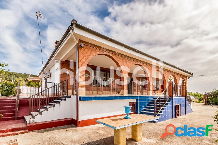 Chalet en venta de 200 m² en Calle Bellarosa, 14730