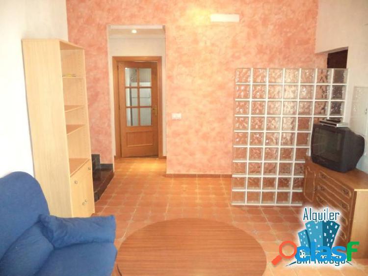 Se alquila apartamento en Aldea Moret