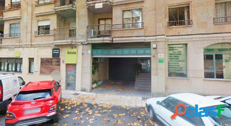 Urbis te ofrece una estupenda plaza de garaje en venta en