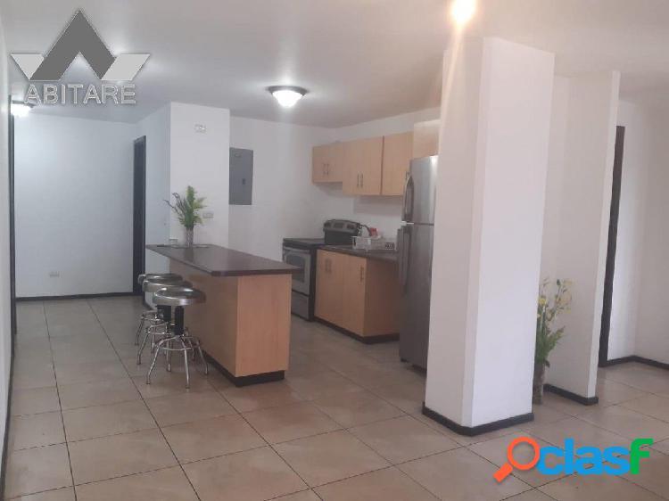 Apartamento en Alquiler y venta en Zona 10