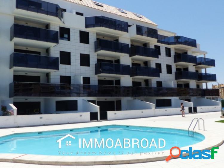 Apartamento en venta en Denia con 2 dormitorios y 2 baños