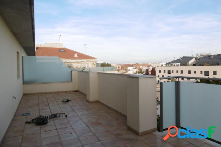Superático de alquiler en Foyos con terraza en planta
