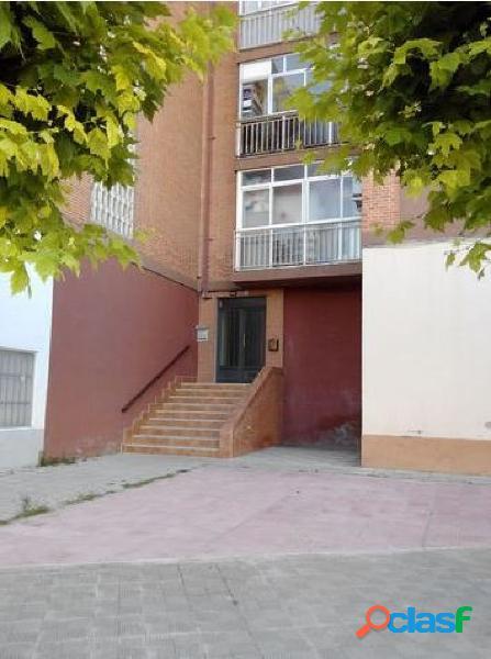 Urbis te ofrece un piso en venta en Peñaranda de