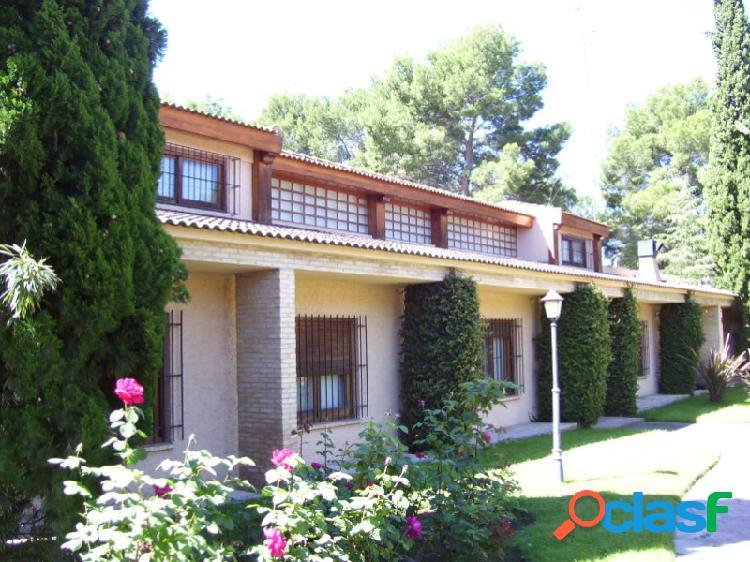 Chalet 5 habitaciones Alquiler Paterna