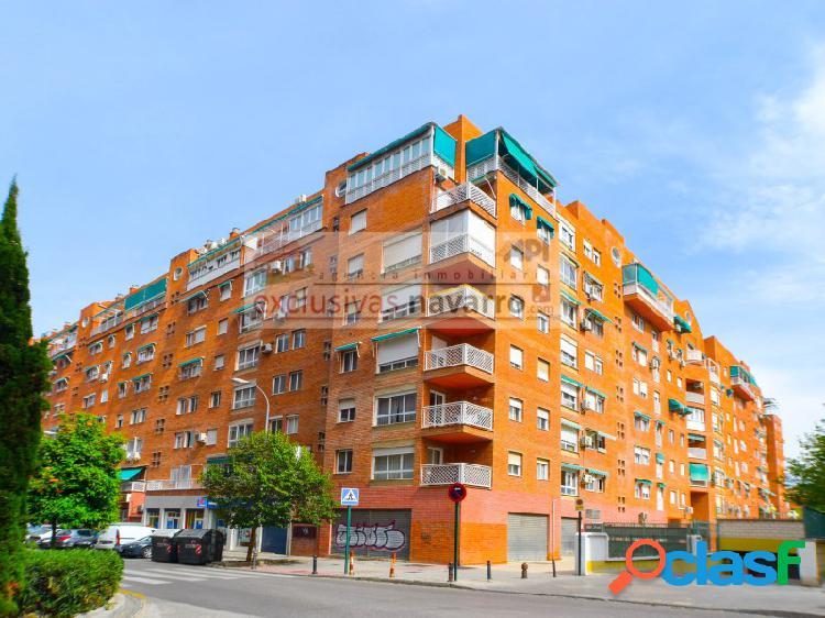 EDIFICIO PRIMAVERA, bonito piso en Vergeles con 4