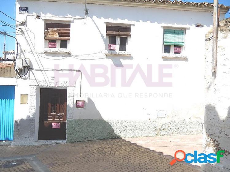 En venta piso en Calle CASTILLO