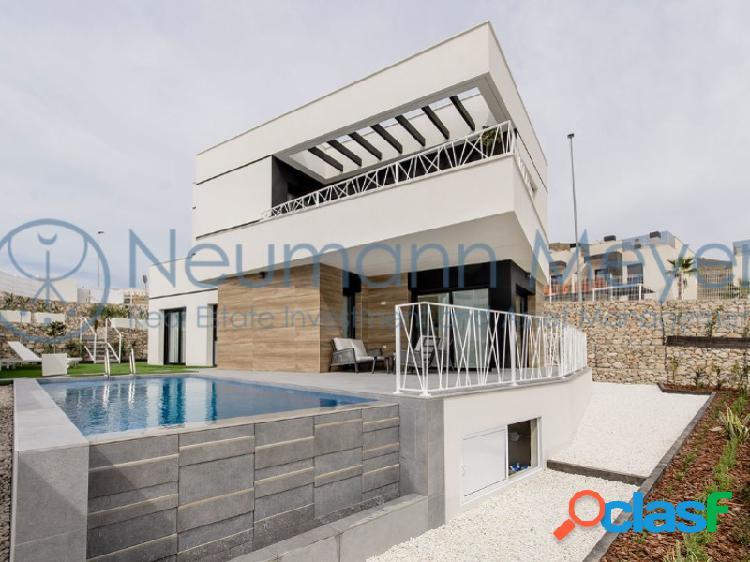 Lujosa villa con vista al mar y piscina privada OFERTA