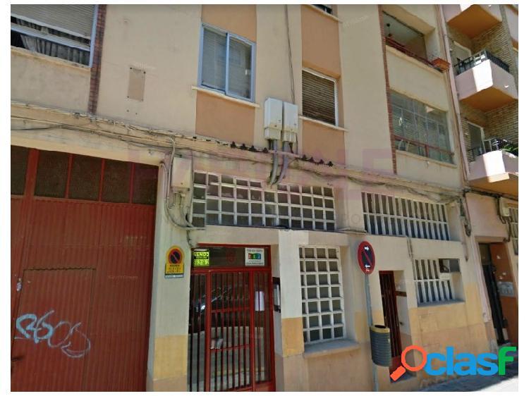 Oportunidad piso en venta en Calle Génova. Excelente