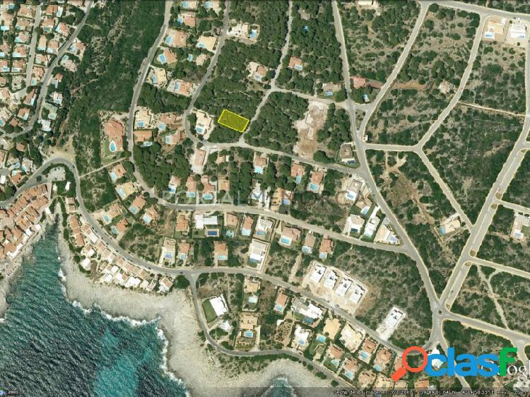 Parcela en venta en la urbanización de S'Atalaia, al lado
