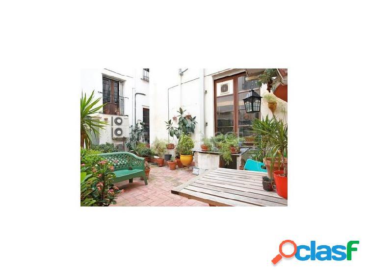 Piso céntrico con patio interior