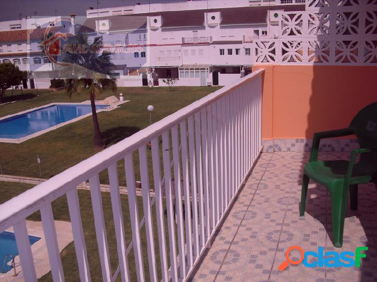 Se vende estupenda casa adosada en Nuevo Portil, Huelva
