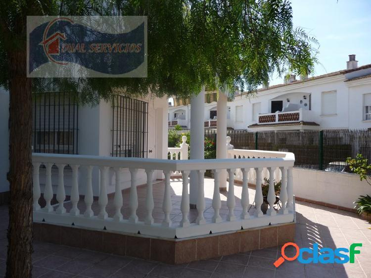 Se vende estupendo adosado de esquina, Nuevo Portil, Huelva