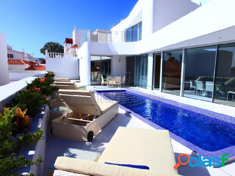 Villa de 4 camas con piscina privada - La Caleta