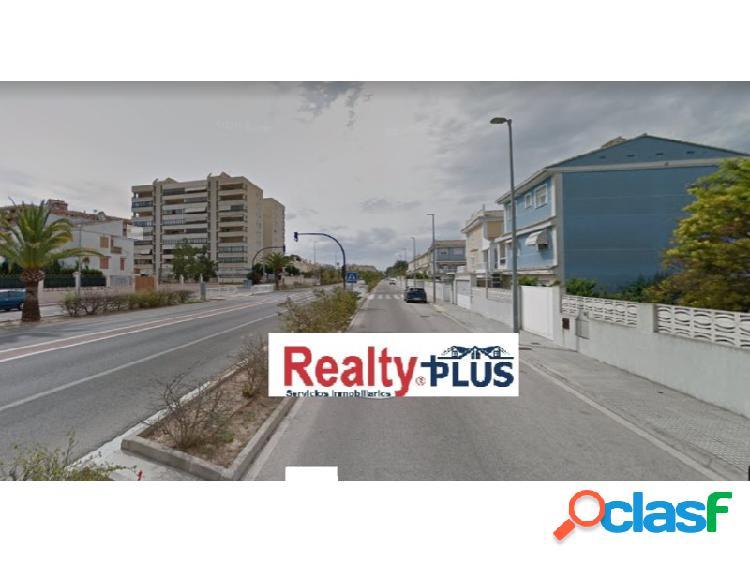 ch-Unifamiliar independiente situado en zona residencial de