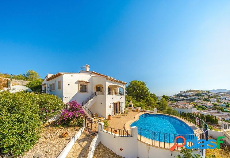 En venta villa familiar en Pedreguer - GV40053-A
