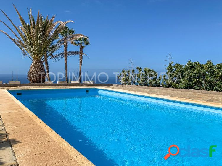 Finca con piscina, vistas maravillosas en Adeje- a la venta