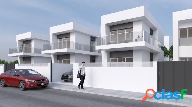 Nuevas Villas Adosadas con piscina privada en estilo moderno