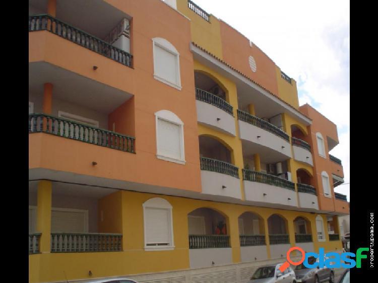 Piso en planta baja en Dolores, Alicante