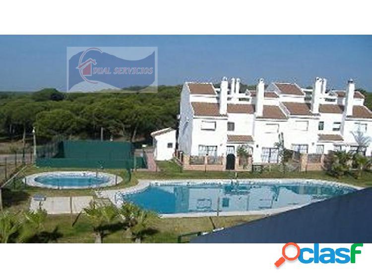 Se vende estupendo adosado en Nuevo Portil, Huelva