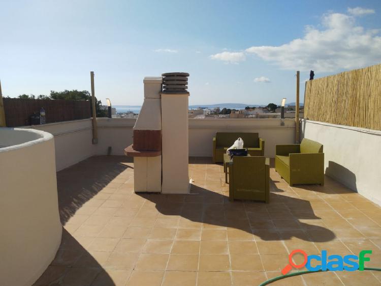 Venta de ático con terraza, parking y vistas al mar en Coll
